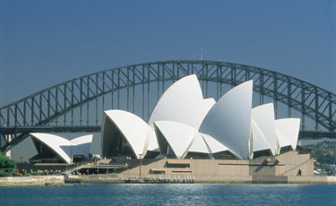Sydney-Opera-House-and-the- (1)